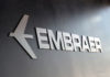 © Reuters. FILE PHOTO: Embraer logo at LABACE in Sao Paulo