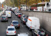 © Reuters. FILE PHOTO: Traffic jam is seen as the banks of the Seine river are closed to the traffic in Paris, France