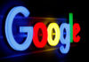 © Reuters. FILE PHOTO: An illuminated Google logo is seen in Zurich