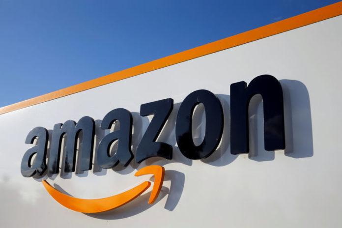 © Reuters. FILE PHOTO: Amazon