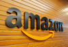 © Reuters. FILE PHOTO: The logo of Amazon is pictured inside the company