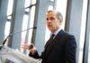 © Reuters. Carney speaks at the at the University of Toronto