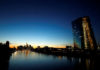 © Reuters. FILE PHOTO: ECB HQ and skyline with its financial district are seen in Frankfurt