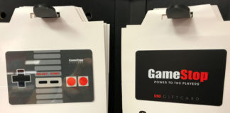 © Reuters. GameStope gift cards are shown for sale at a GameStop Inc. store in Encinitas, California