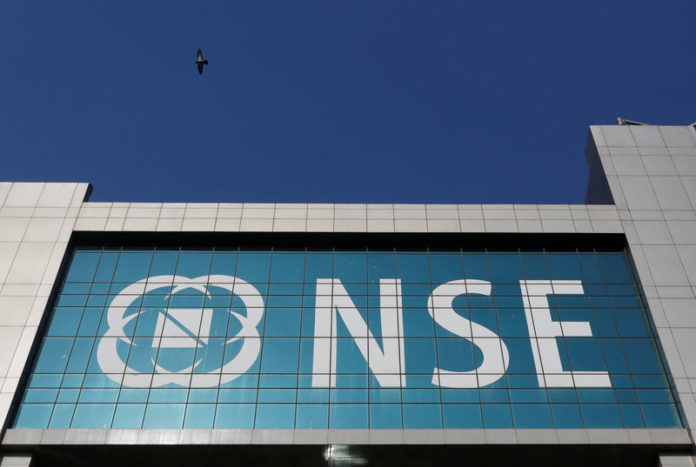 © Reuters.  India stocks higher at close of trade; Nifty 50 up 1.21%