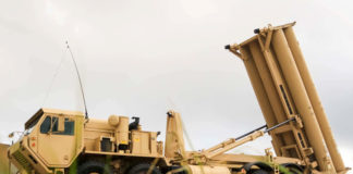 © Reuters. FILE PHOTO: A U.S. Army Terminal High Altitude Area Defense (THAAD) weapon system is seen on Andersen Air Force Base