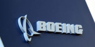 © Reuters. Boeing logo LABACE in Sao Paulo