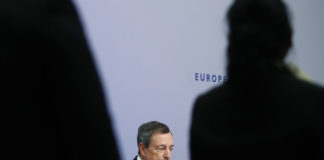 © Reuters. ECB President Draghi speaks during a news conference at ECB headquarters in Frankfurt