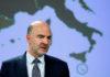 © Reuters. European Commissioner Moscovici presents the EU executive