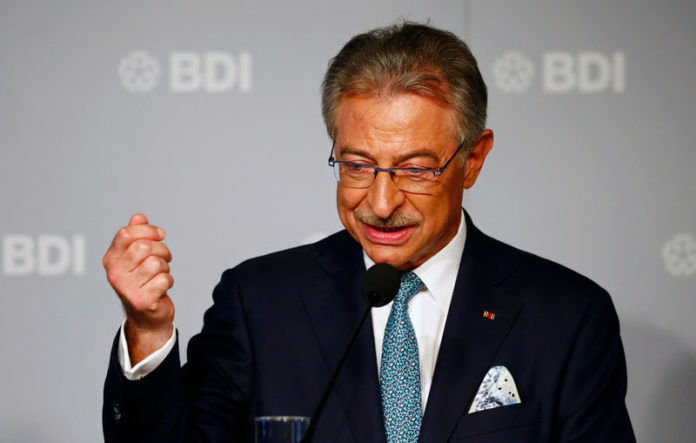 © Reuters. FILE PHOTO:  BDI president Dieter Kempf addresses a news conference before the German Industry Day, hosted by the BDI industry association, in Berlin