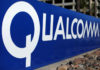 © Reuters. FILE PHOTO:  A sign on the Qualcomm campus is seen, as chip maker Broadcom Ltd announced an unsolicited bid to buy peer Qualcomm Inc for $103 billion, in San Diego