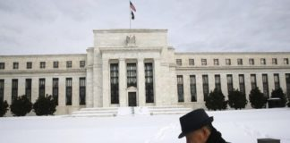 © Reuters.  Will Fed Pause? Will ECB Hike? Will Trade War Thaw?: Economy Q&A