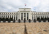 © Reuters.  Federal Reserve prepares for next crisis, bets it will begin like the last