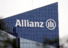 © Reuters. FILE PHOTO: The logo of insurer Allianz SE is seen on the company building in Puteaux at the financial and business district of La Defense near Paris