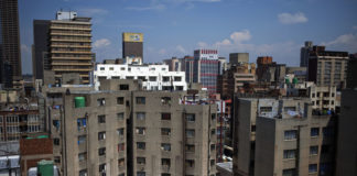© Reuters. General view of buildings in the Central Business District of Johannesburg