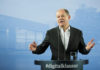 © Reuters. German Finance Minister Olaf Scholz attends a press conference after the federal cabinet meeting in Potsdam