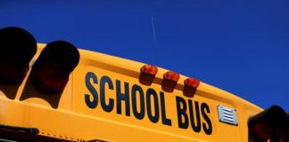 © Reuters. FILE PHOTO: A school bus is shown in Rancho Bernardo, California