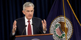 © Reuters. FILE PHOTO: Federal Reserve Board Chairman Jerome Powell holds a news conference after a Federal Open Market Committee meeting in Washington